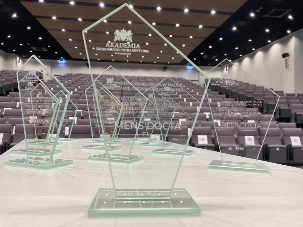 Nagrody Mens Docta 2021 dla Najlepszych Absolwentów AEH – zgłoszenia